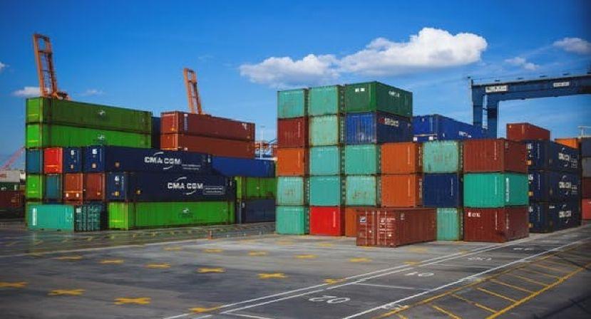 Corrente de comércio brasileiro e superávit comercial atingem recordes históricos