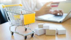 Metade dos brasileiros prefere comprar em lojas online do que físicas, aponta pesquisa