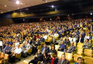 Público presente ao X Prêmio Top of Mind – MercadoComum – em maio de 2005, no MinasCentro, em Belo Horizonte – Minas Gerais