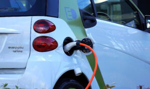 Cresce o número de vendas de veículos eletrificados no Brasil