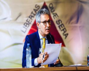 Dívida do Estado com União complica contas de Minas