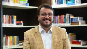 Professor Fabian Salum